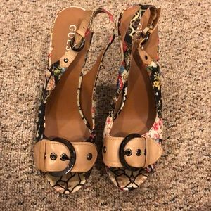 Guess wedge pumps